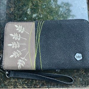 Haiku Other - Women's Haiku Wallet Or Wristlet NWOT